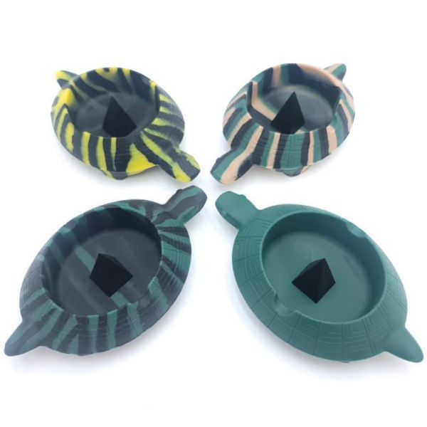 SILICONE TURTLE ASHTRAY WITH DEBOWLER SPIKE